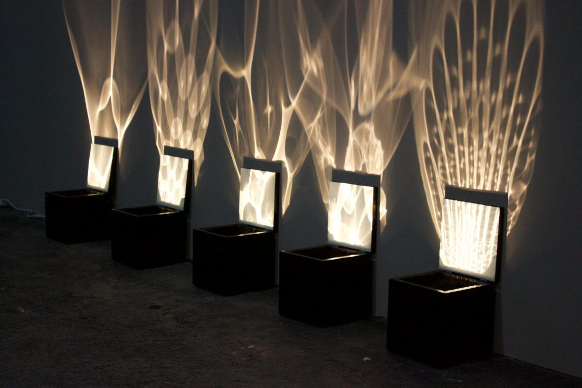 Kirsti Taiviola: Pandora's Box, material Glass, mixed media. Kuva: Inni Pärnänen.