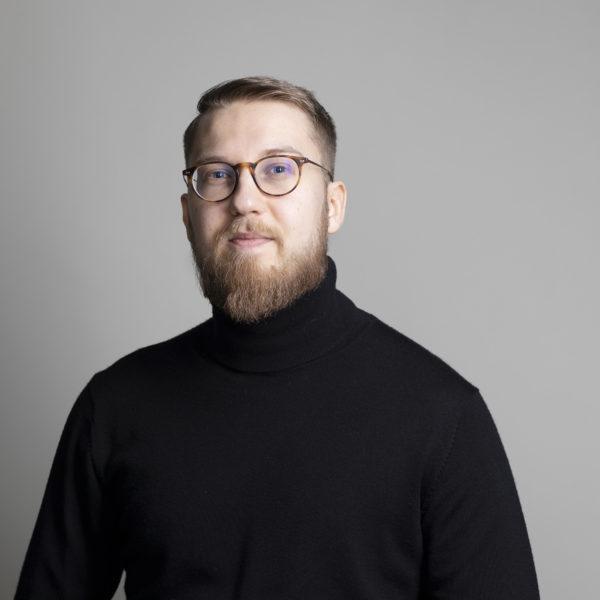 Mikko Latva-käyrä